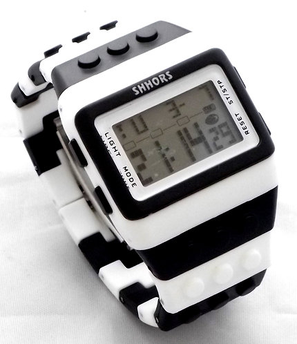 SHHORS RETRO BLOCK PIXEL DIGITAL LCD WATCH
