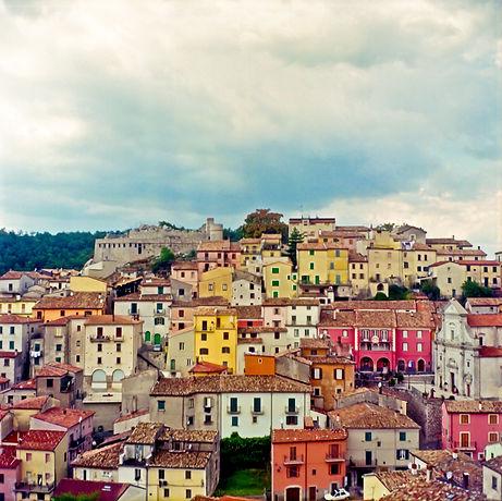 Emma_Sywyj_View_of__Miranda_Italy_2009.j