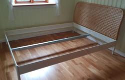 Sängram 160 cm (2x) IKEA, 400 kr/st.