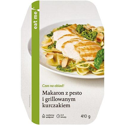 Makaron z pesto i grillowanym kurczakiem