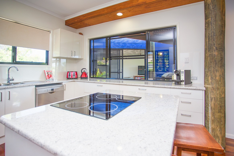 15 - C7 - Kitchen 1.jpg