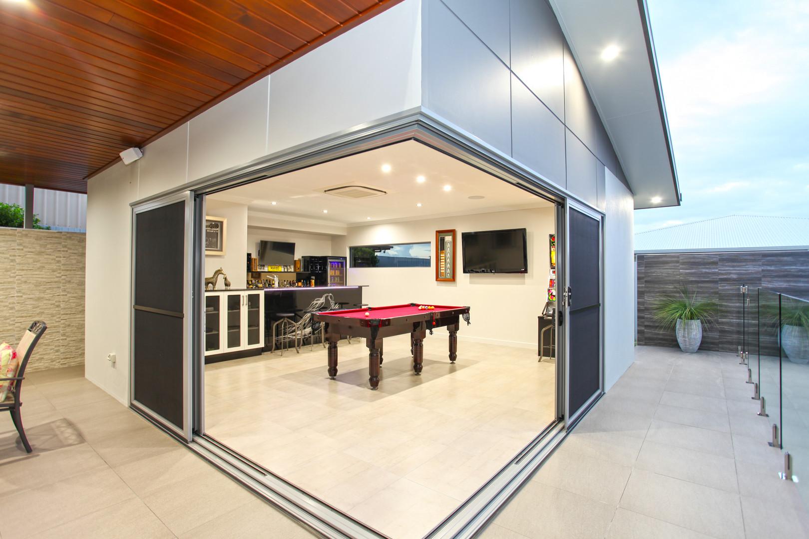 33 - C3 - Pool House.jpg