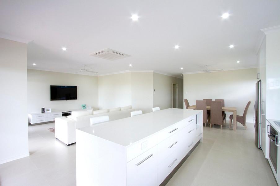 12 - C2 - Kitchen 2.jpg