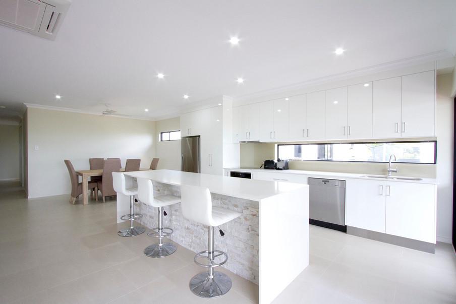 11 - C2 - Kitchen 1.jpg