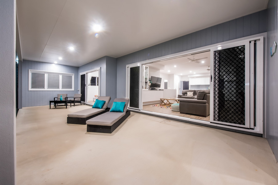 BEACH HOUSE REINVENTION