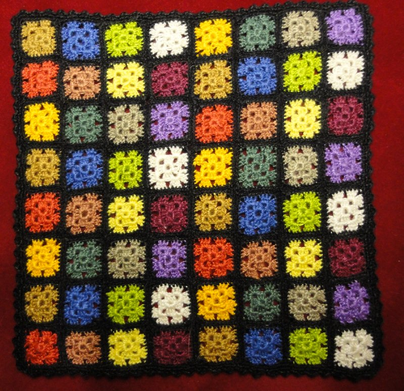 Couverture multicolore au crochet