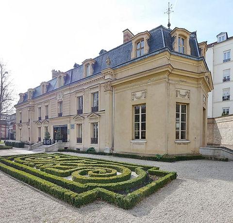 villa-medicis-saint-maur-des-fosses.jpg