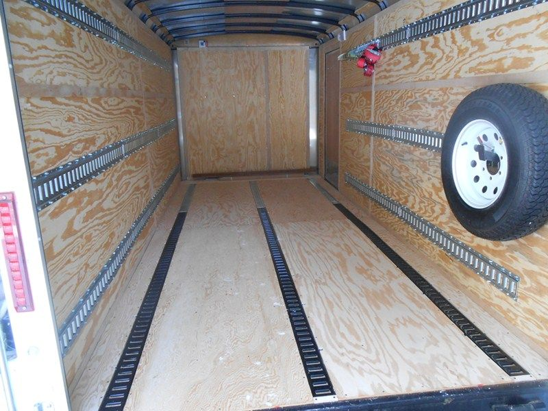 Riel Logistico trailer
