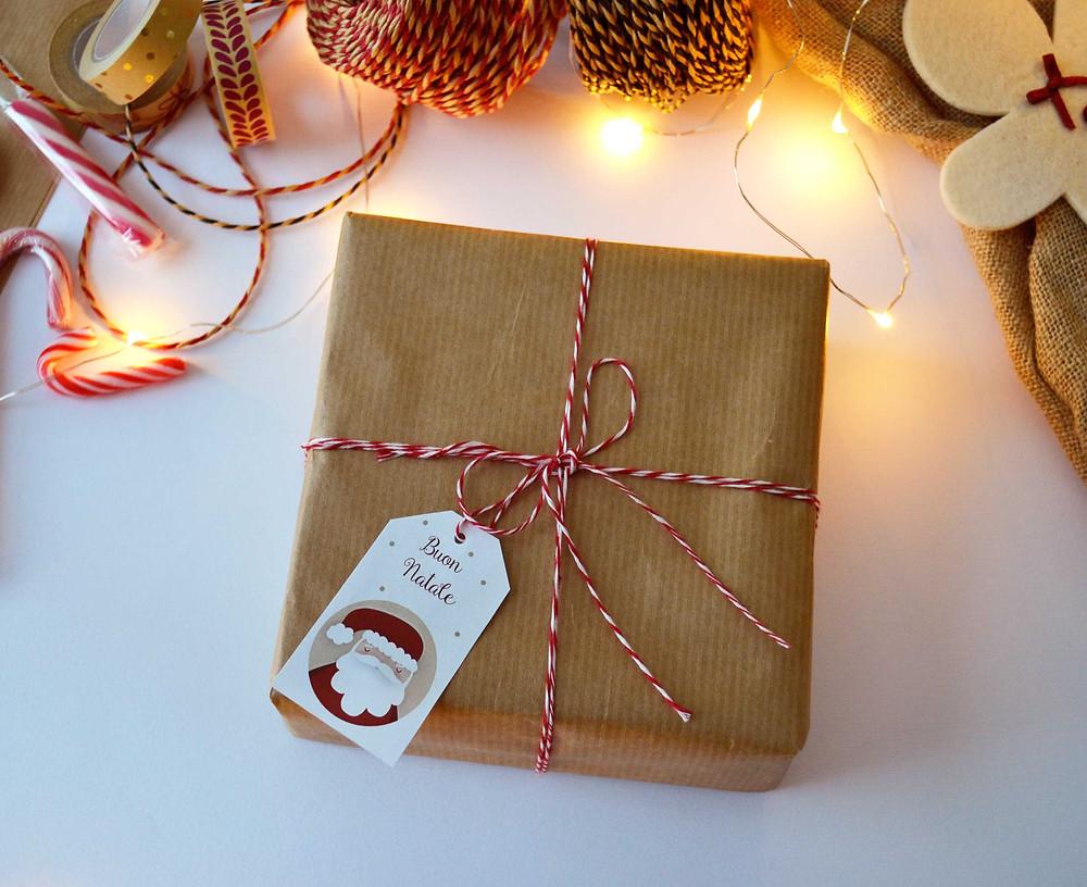 Twelve Days of Christmas - Freebies -Tag per Regali - www.ConfettiMood.com
