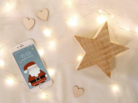 Twelve Days of Christmas - Giorno 1: Sfondo per iPhone e Computer