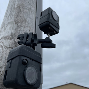 Stacked cameras mount