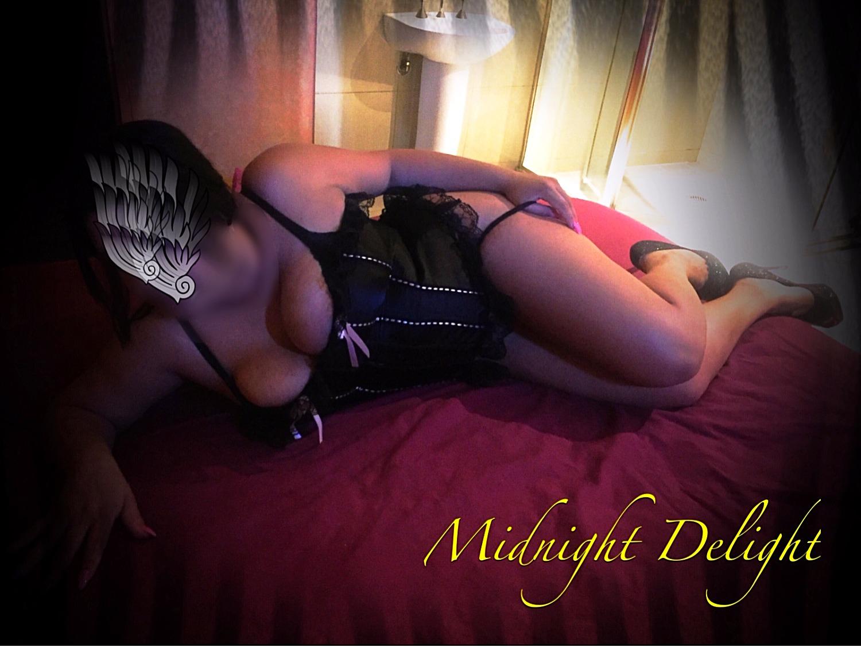Midnigth Delight- TORY