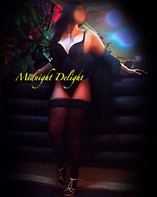 Midnight Delight- IVY
