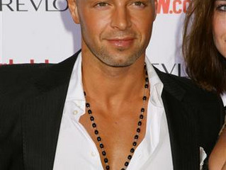 #3: I am equally not Joey Lawrence.