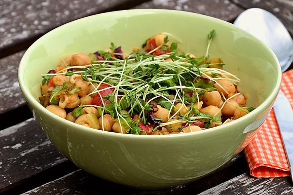 Salada de grão-de –bico