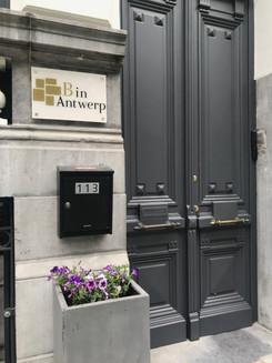 B in Antwerp - Entrance