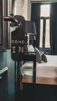 B in Antwerp - Room 2