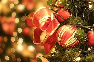 Rote Weihnachtskugeln