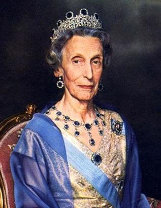  Queen Louise of Sweden (Princess Louise of Battenberg) 