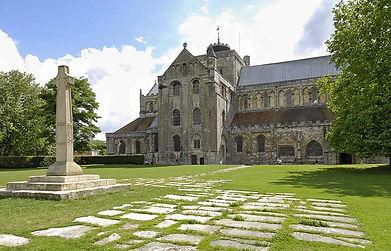 romsey_abbey.jpg