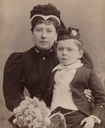 Prince Maurice as a child, sitting on the knee of his mother -   Princess Beatrice (Princess Henry of Battenberg) ​