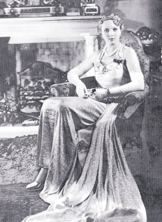 ​ Iris (aged 17yrs)​ at her home in Kensington Palace, London ​