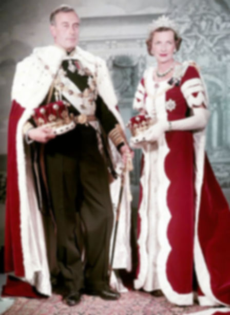Mountbatten & Edwina - The Earl & Countess Mountbatten of Burma  in Coronation Robes 1953 