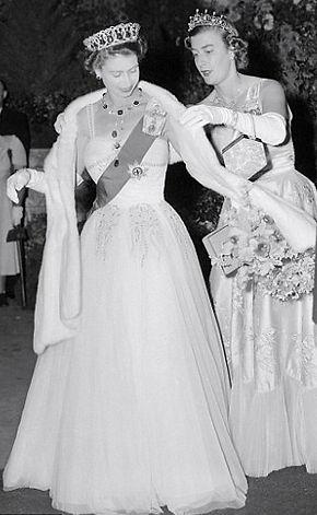 Pamela (in her role as Lady-in-Waiting) with Queen Elizabeth II in Melbourne, 1954