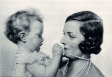 Pamela with her mother - Edwina, Countess Mountbatten of Burma ​