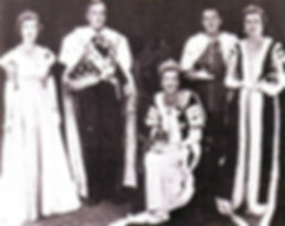 Mountbatten's family in Coronation Robes 1953 - (left to right) - Pamela, Mountbatten, Edwina (seated), John, 7th Lord Brabourne & Patricia ​