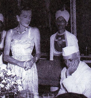 """Edwina at the official """"farewell"""" dinner with a bereft Nehru (right)"""