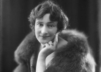 Jeanne Marie Langtry, MBE, Lady Malcolm of Poltalloch (1881-1964)