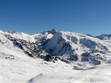 Maridaje perfecto: esquí y vino. Descenso mítico Luis Arias (Baqueira) y Vinya La Scala (Jean Leon)
