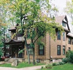 1005 Grant St. Exterior