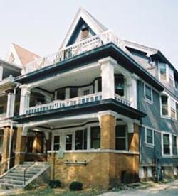 436 W. Washington Ave. Exterior