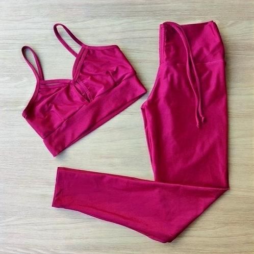 Conjunto top e calça tecido aveludado