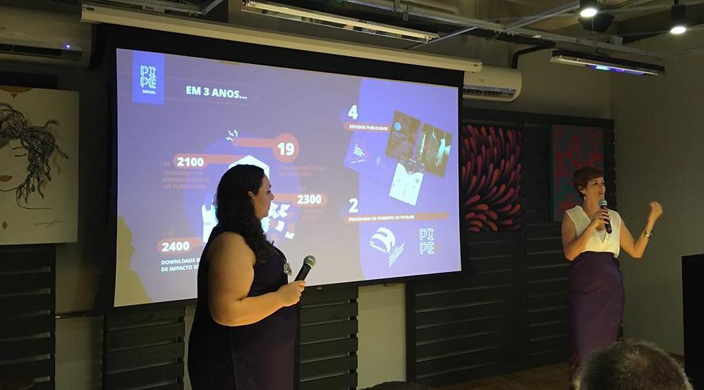 Observada por Mariana, Livia apresenta os avanços do ecossistema de impacto