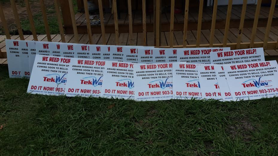 Tek Wav internet yard signs