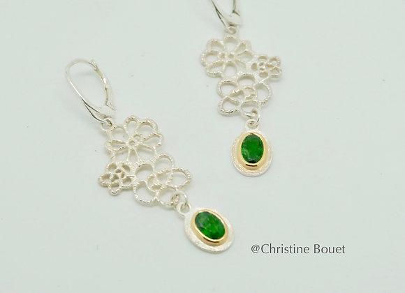 Boucles d'oreilles Petites Fleurs et pendant vert