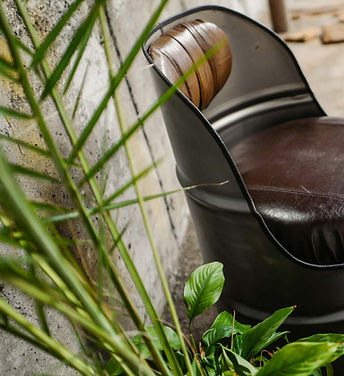 fauteuil-baril-metal-mat-cuir-marron4.jp