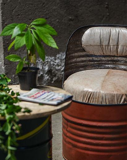 fauteuil-bidon-metal-recycle-industriel-