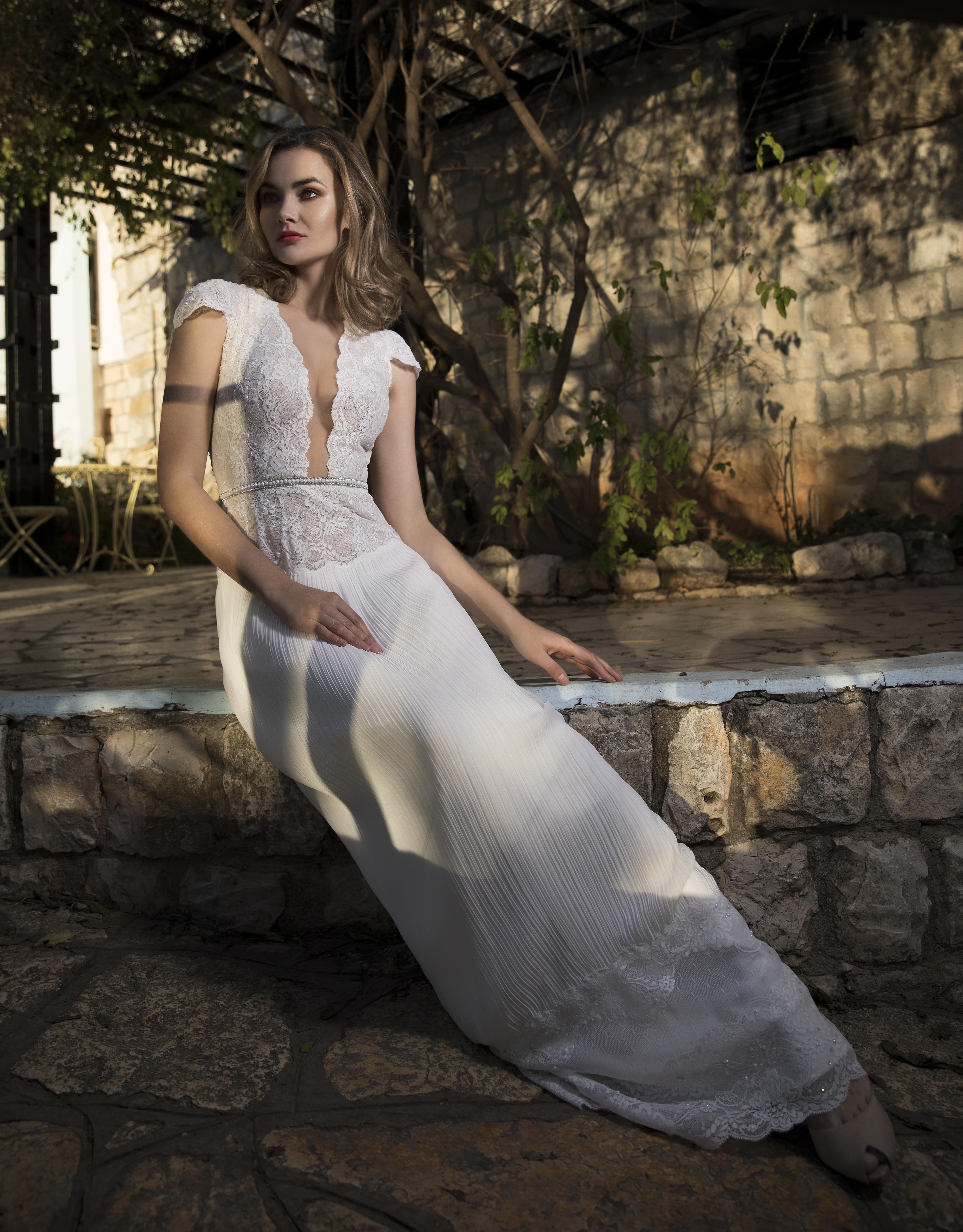 שמלת כלה דגם אלכס - Alex