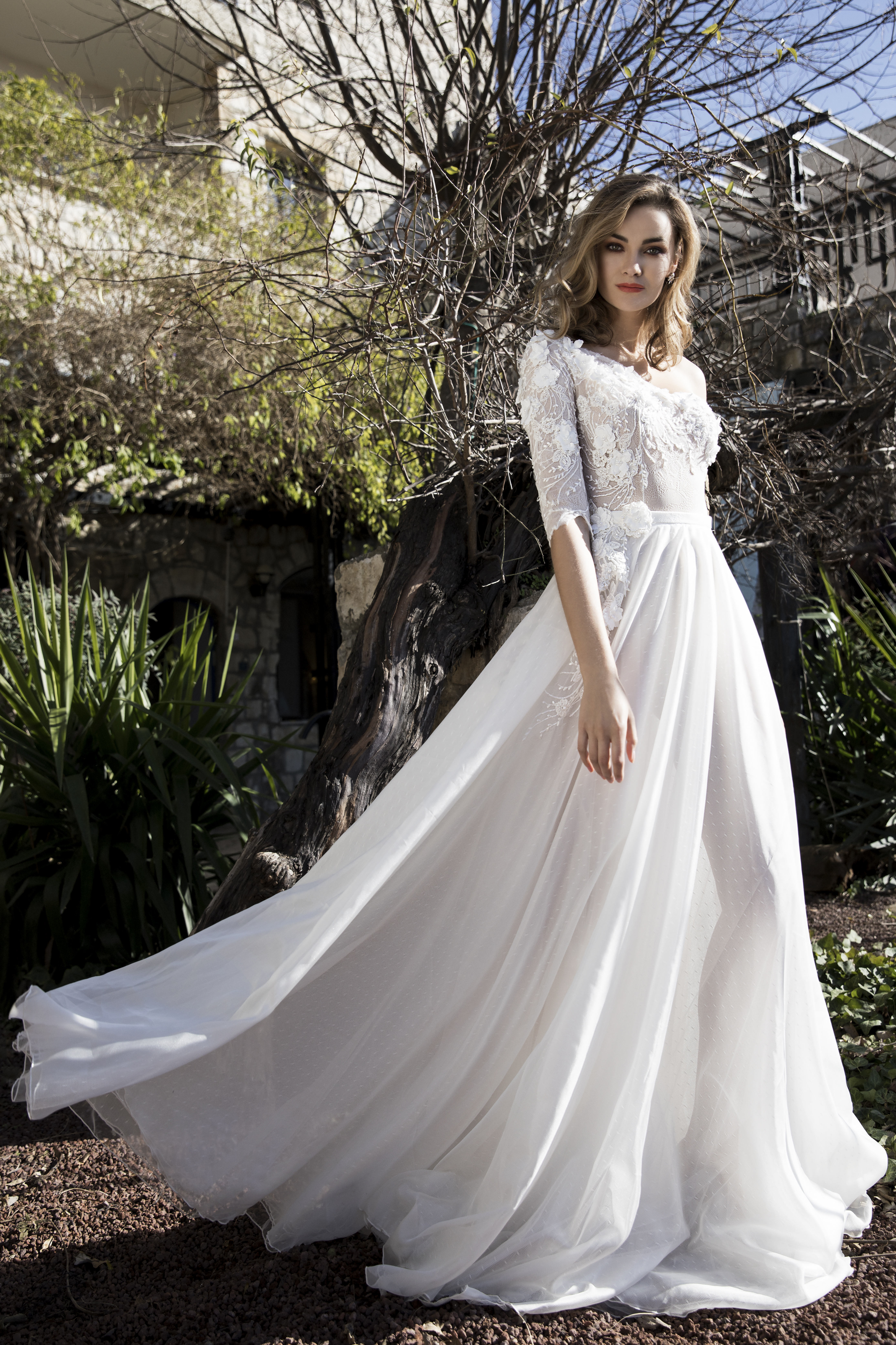 שמלת כלה דגם לילי - Lily