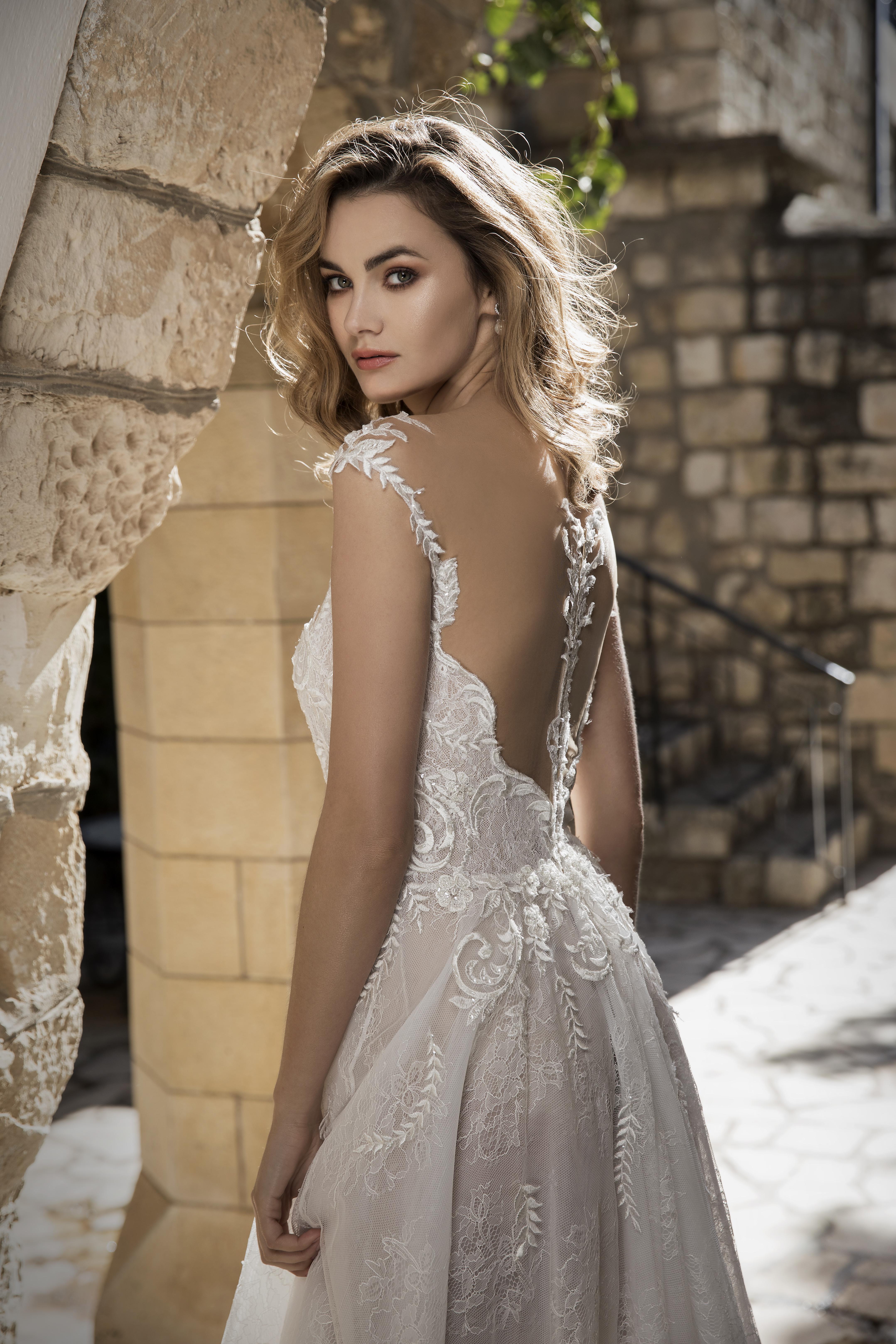 שמלת כלה Bella Donna