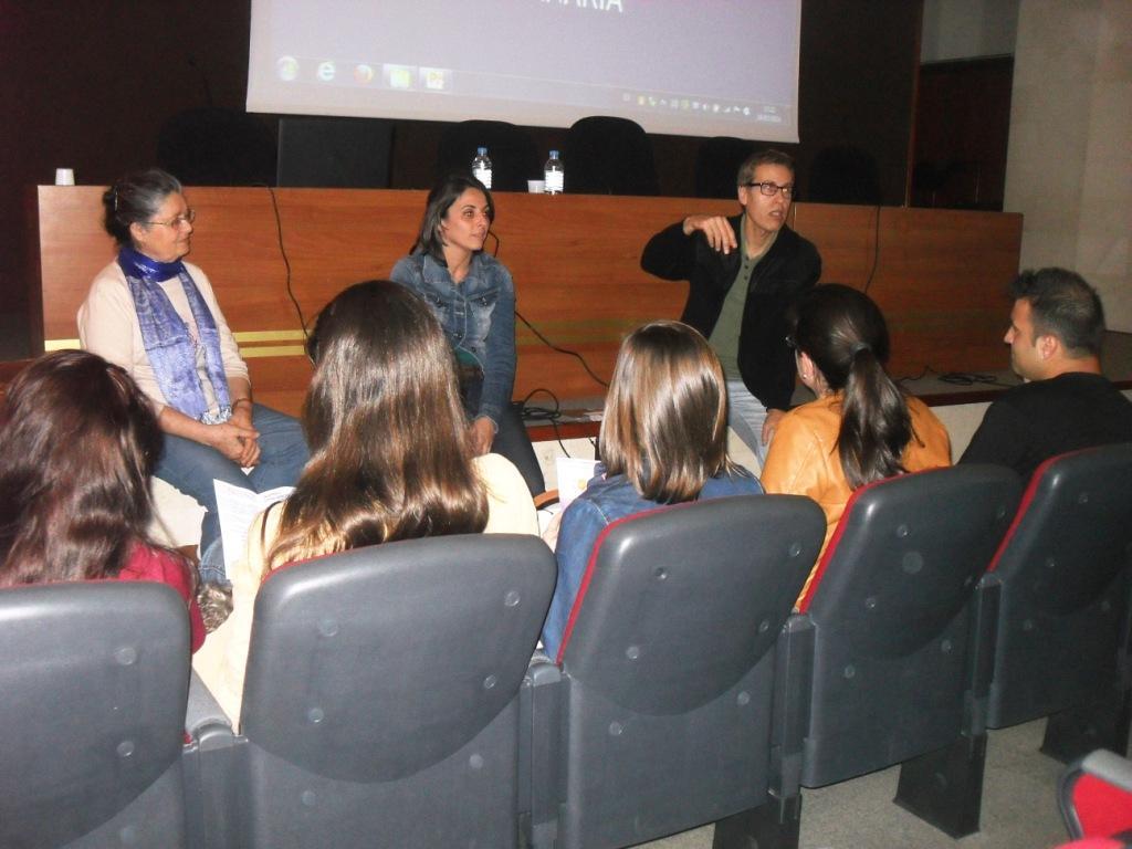 Conferencia La Import. del Desarrollo Emoc. Imagen (1).JPG