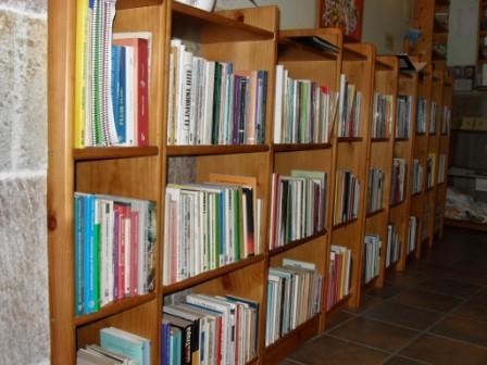 Biblioteca de Autoayuda - copia.JPG