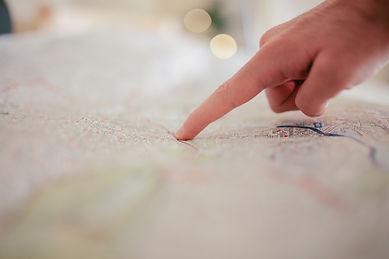 depth-of-field-direction-finger-34753.jp