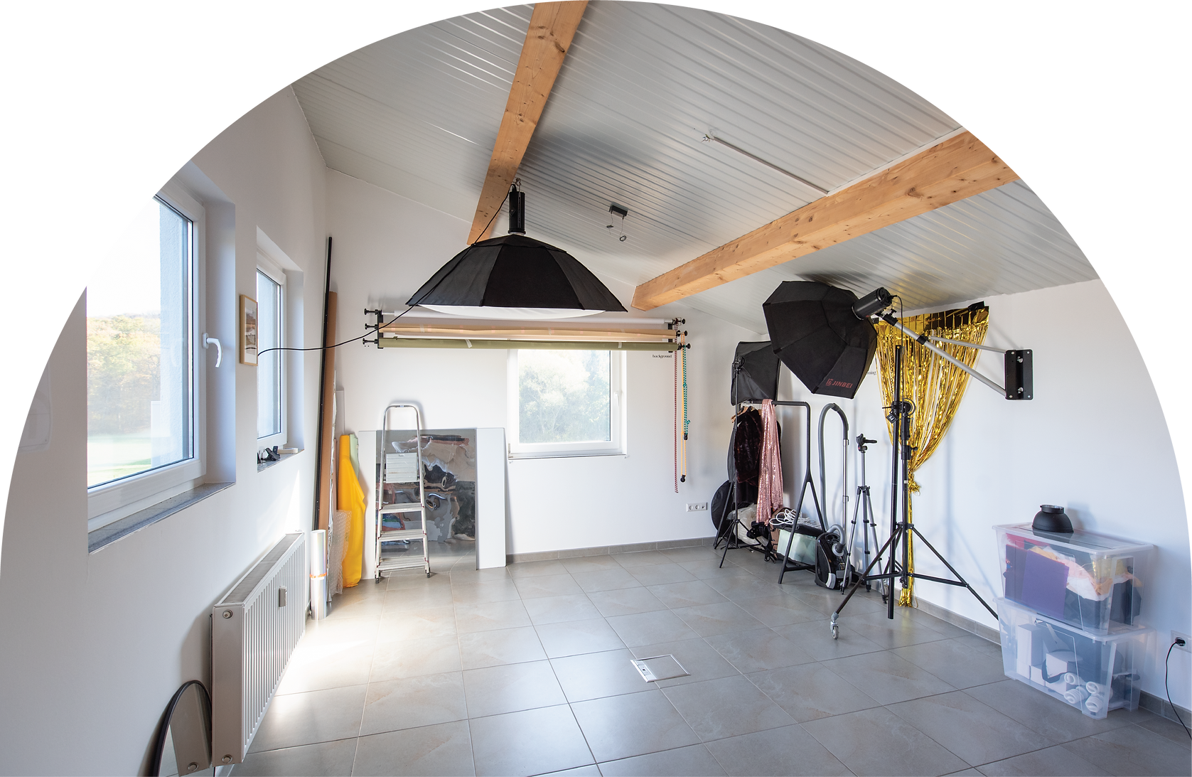 studio-25.png