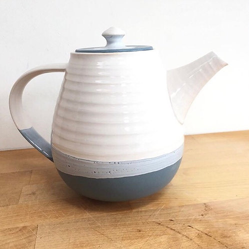 Two-tone tea pot by Justine Jenner Pottery