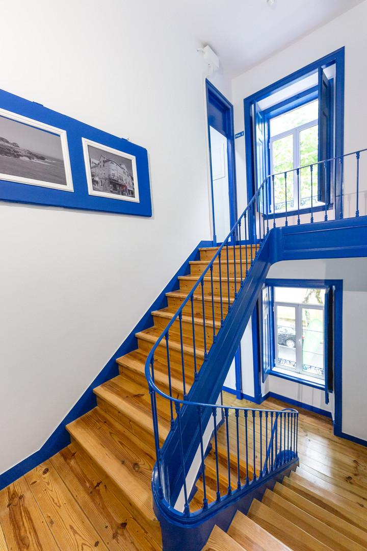 Interior do Help Yourself Hostels Parede